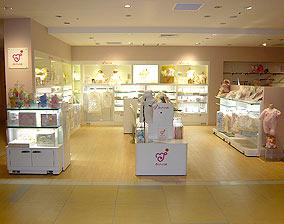 ディスプレイ&インテリア:赤ちゃんの城 大丸梅田店|外観